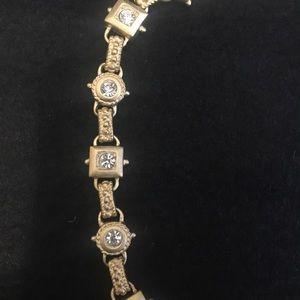 Jewelry - Vintage costume jewelry diamond Necklace